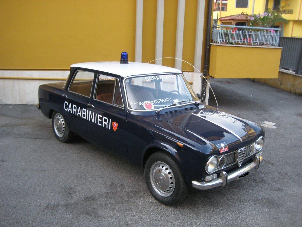 italian carabinieri livery alfa romeo giulia forum. Black Bedroom Furniture Sets. Home Design Ideas