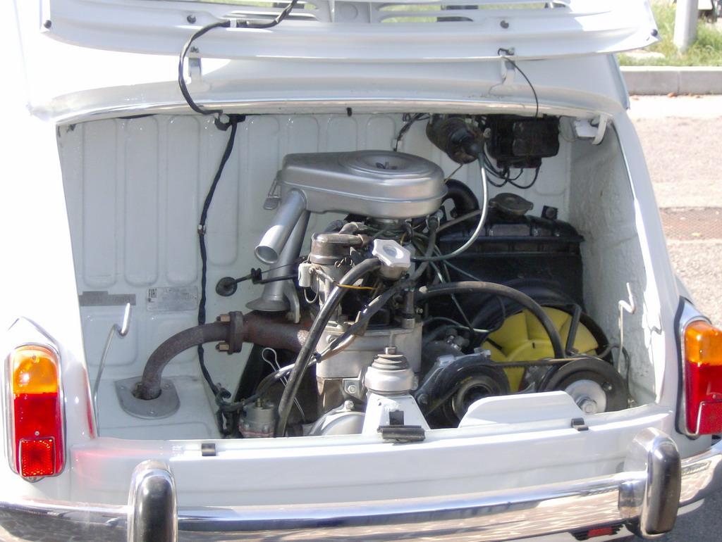Ci sono altri annunci su FIAT 600 FANALONE 750 *1969* (clicca qui)