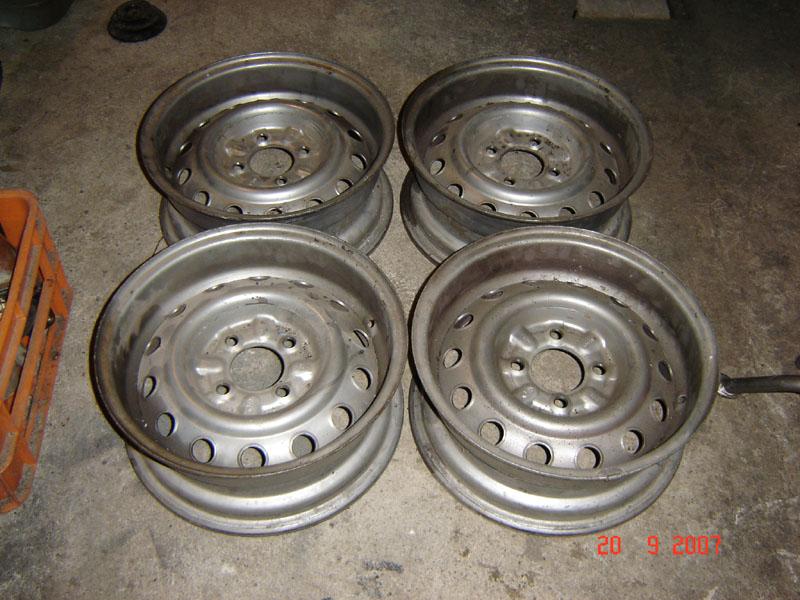 Scaduto vendo cerchi in ferro cmr 39594 ricambi for Vendo capannone in ferro