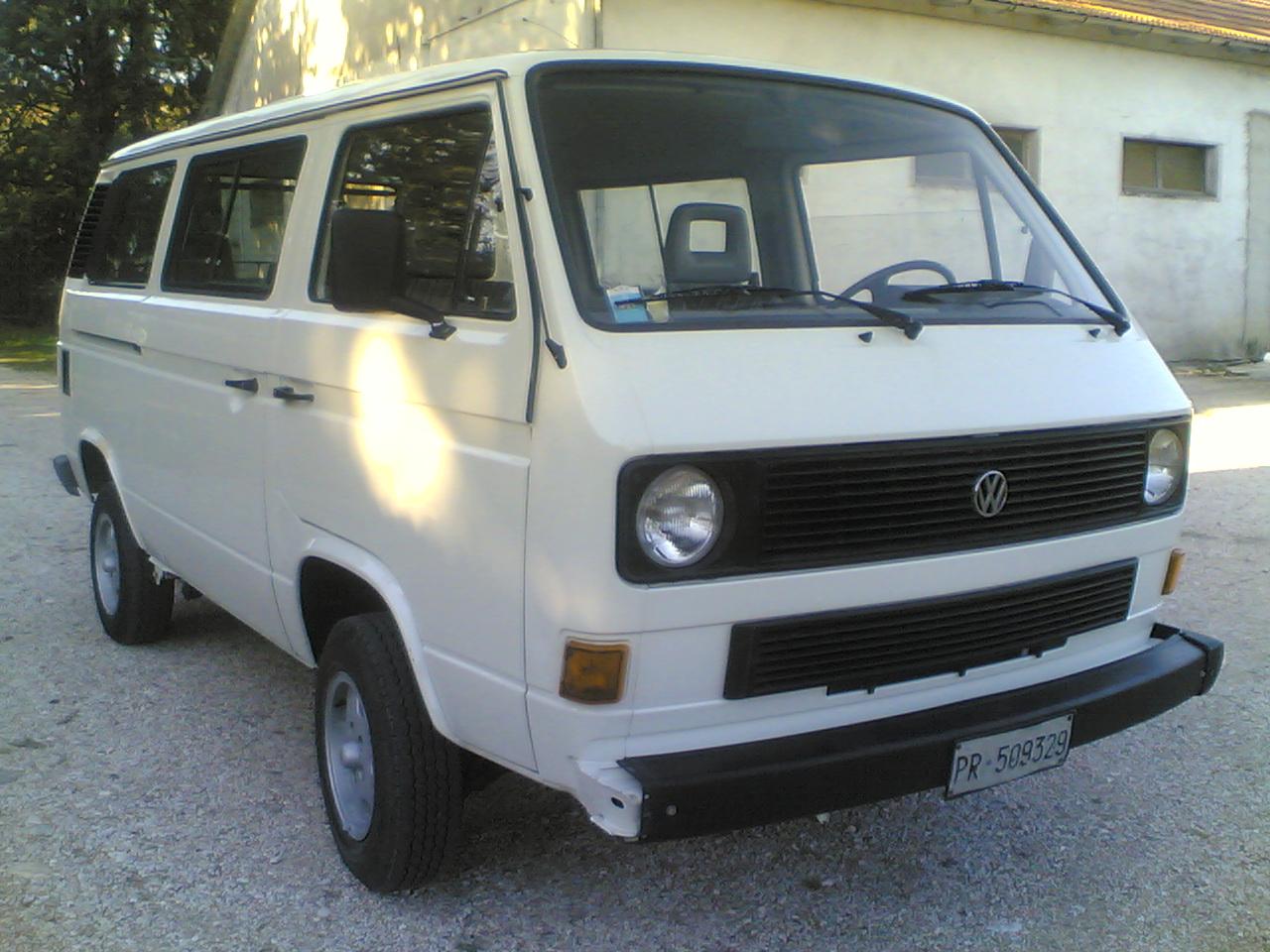 cancellato vendo vw volkswagen t3 syncro multivan 4x4 59474. Black Bedroom Furniture Sets. Home Design Ideas