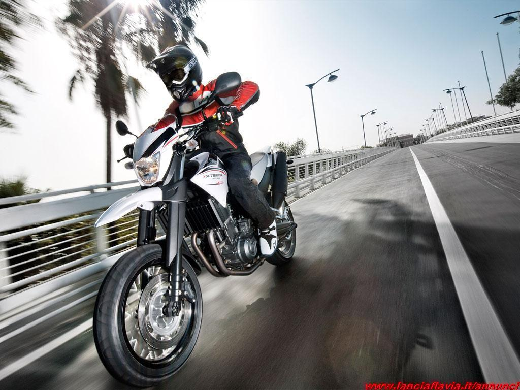 Scaduto Vendo Yamaha Xt660x Supermoto 82301