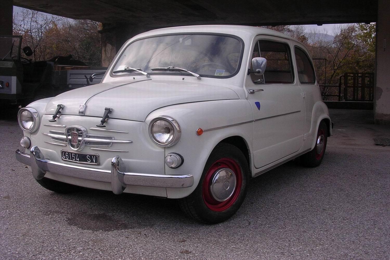 VENDO Fiat 600 D del 1963 Trento (101910) Veicoli fra il 1800 e 1993 0